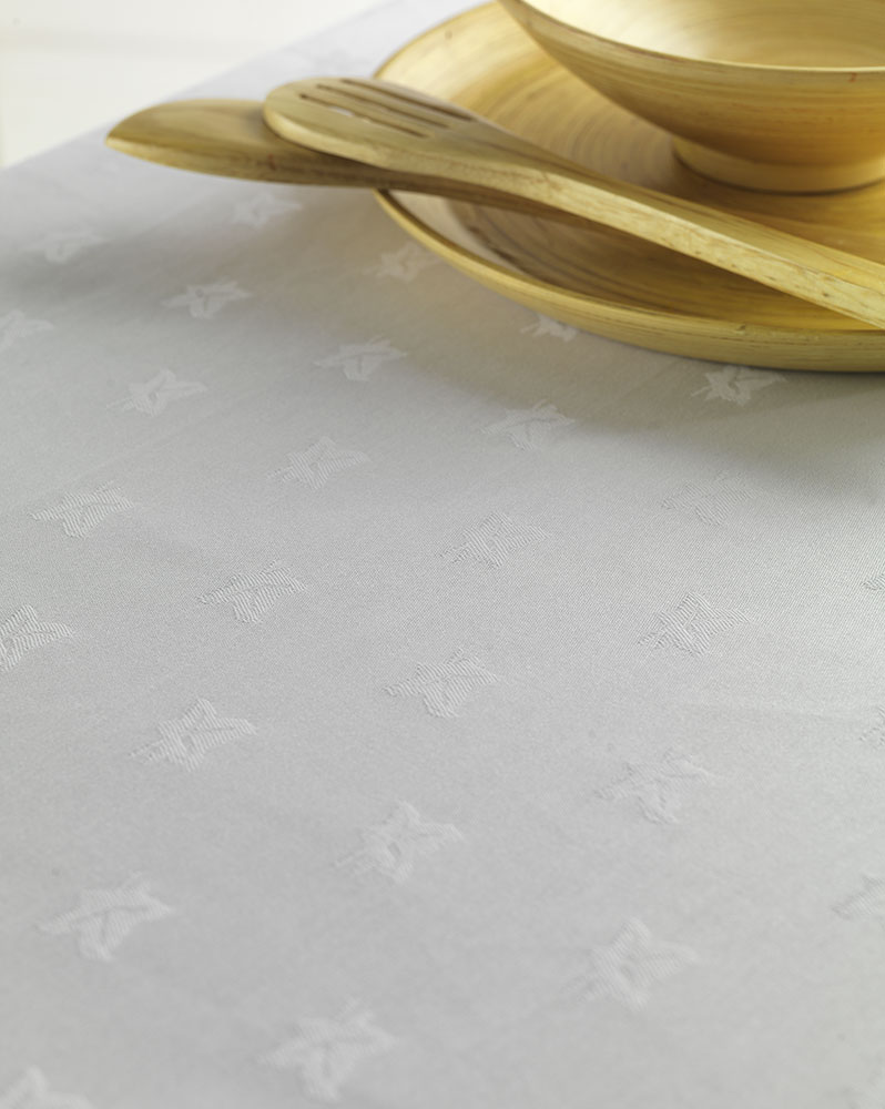 Kudos Ivy Leaf Polyester Table Linen