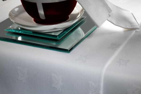 Medway Ivy Leaf Cotton Table Linen